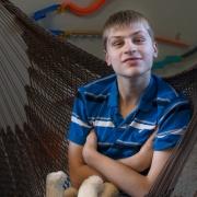 Spectrum News explica: 'Por que exames genéticos são importantes para pessoas autistas?' - Tismoo